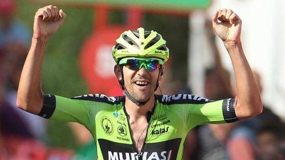 La Vuelta | Iturria gana en Urdax imponiéndose a la fuga en la bajada