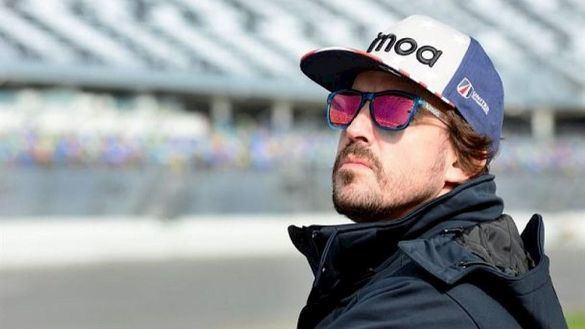 Fernando Alonso vuelve a abrirse la puerta de la Fórmula Uno