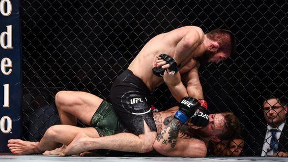 UFC 242. Khabib cazó a Poirier y sigue escribiendo su particular leyenda triunfal