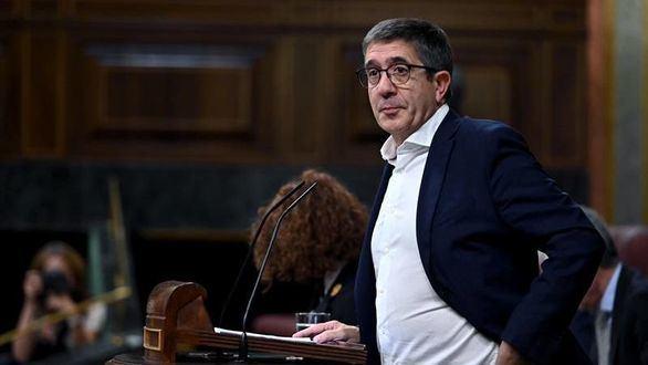 Bronca entre el PSOE, PP y Vox en el debate por la ley de eutanasia