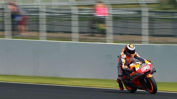 MotoGP. Lorenzo afirma comprender la tensión en Honda pero se aferra a su contrato