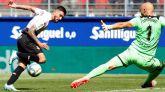 El Espanyol remonta al Eibar en un duelo de urgencias | 1-2