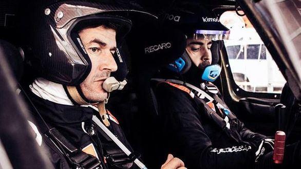 Dakar 2020. Fernando Alonso continúa su preparación en Catar con Nasser Al Attiyah