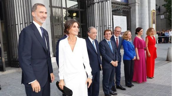 Los Reyes presiden la inauguración de la nueva temporada del Teatro Real