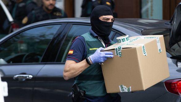 La Fiscalía acusa a los CDR de preparar un atentado contra un cuartel de la Guardia Civil