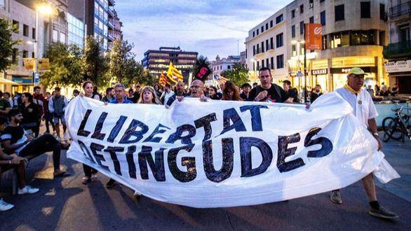 El vergonzoso tuit de Help Catalonia contra la Guardia Civil para hacer propaganda del separatismo