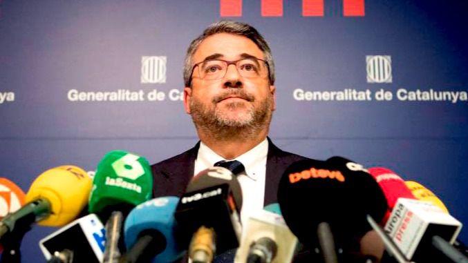 Dimite el 'jefe político' de los Mossos la víspera del aniversario del 1-O