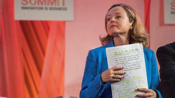 La ministra Calviño reconoce una ralentización del mercado laboral