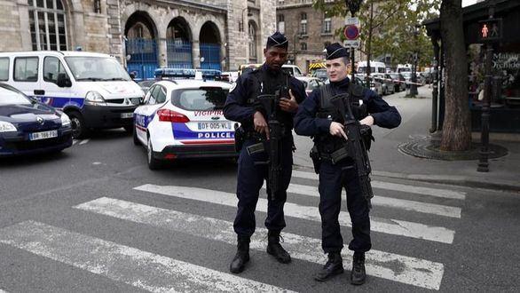 El atacante de París se había convertido al islam hace año y medio