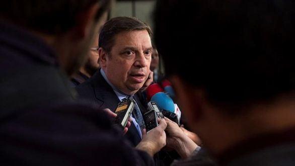 El Gobierno convoca al embajador de EEUU por los aranceles abusivos