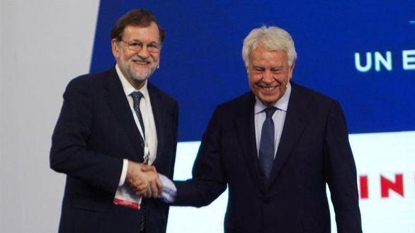González y Rajoy abogan por pactos entre PP y PSOE para asegurar un gobierno estable
