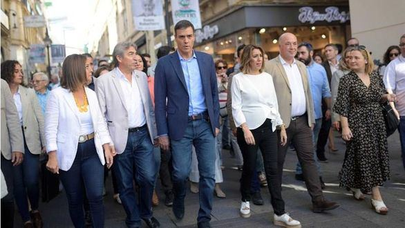 Los partidos multiplican sus actos electorales a un mes de que arranque la campaña