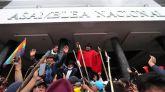 Las protestas indígenas en Ecuador toman por una hora la Asamblea Nacional