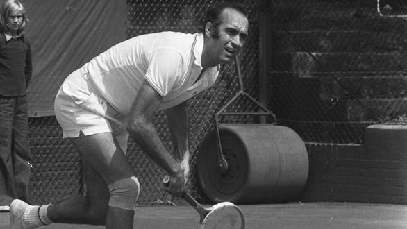 Fallece el tenista español Andrés Gimeno, ganador de Roland Garros en 1972