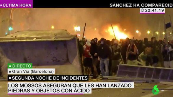 Los especiales informativos sobre los disturbios en Cataluña destacan