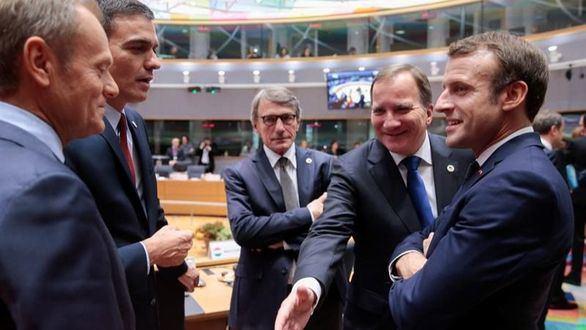 Los Veintisiete respaldan el acuerdo del brexit sin alusiones a la prórroga
