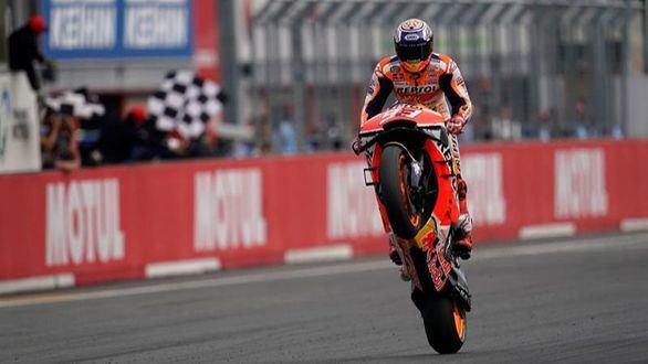 GP Japón. Marc Márquez se exhibe y coloca a Honda en el Olimpo