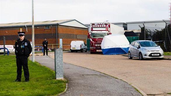 Las 39 personas halladas muertas en un camión en Essex eran chinas