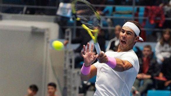 Rafa Nadal derrotó a Djokovic en un amistoso, antes del Masters de París