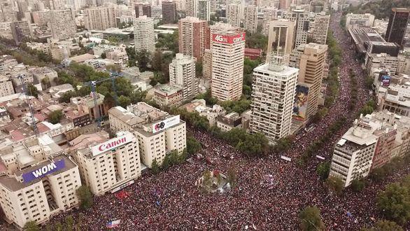 1,2 millones de chilenos, contra la desigualdad social de Piñera