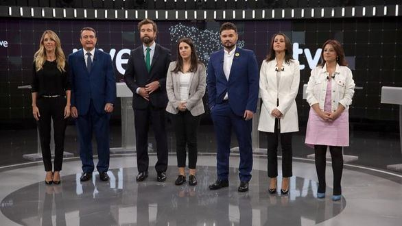 Álvarez de Toledo protagoniza el debate a 7 entre portavoces