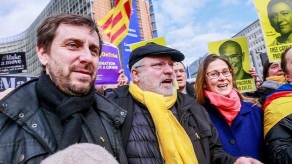 Puig y Comín, en libertad tras declarar ante un juez belga