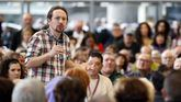 El candidato a presidente del Gobierno de Unidas Podemos, Pablo Iglesias, durante el encuentro con simpatizantes en Bilbao.