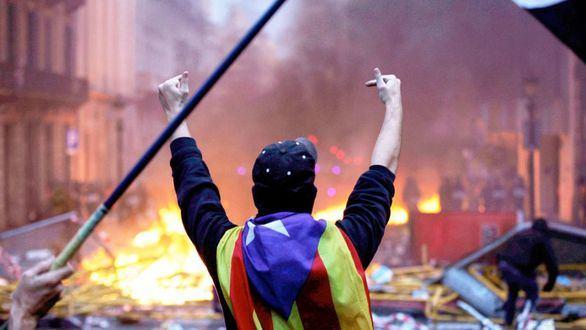 Un CDR en los disturbios de Barcelona.