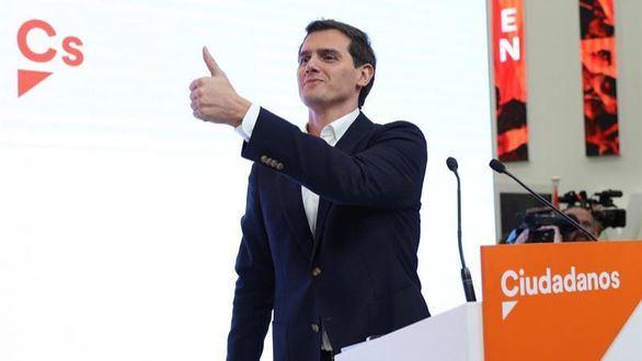 Reacciones a la despedida de Rivera: 'Se va un ególatra patológico'