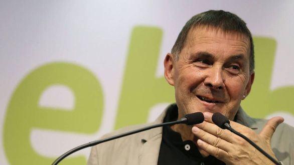 Otegui exige liberar a los 'presos' y la autodeterminación