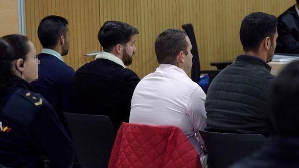 Los miembros de la Manada se niegan a declarar en el juicio del caso de Pozoblanco