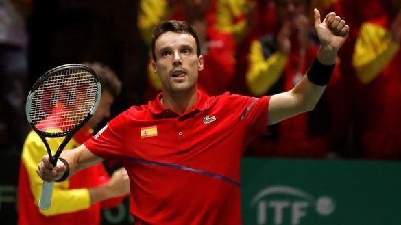 Bautista deja la convocatoria de la Copa Davis por un
