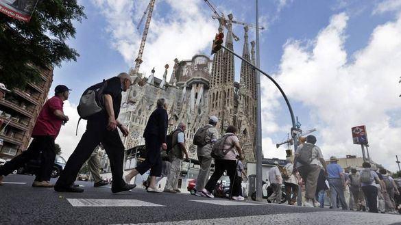 Las pernoctaciones de españoles en hoteles de Cataluña cayeron un 10,3 por ciento en octubre