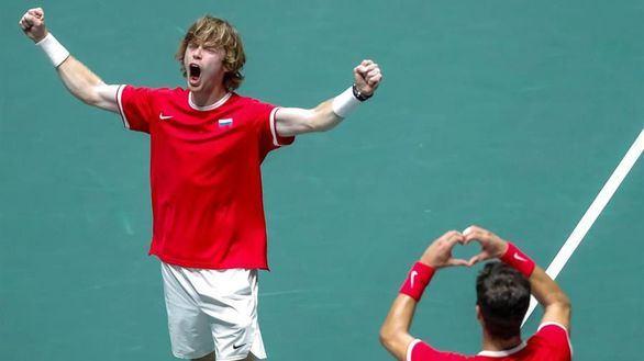 Copa Davis. Rusia elimina a la Serbia de Djokovic