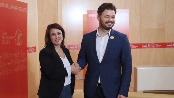 PSOE y ERC acuerdan los equipos negociadores que abordarán la investidura de Sánchez