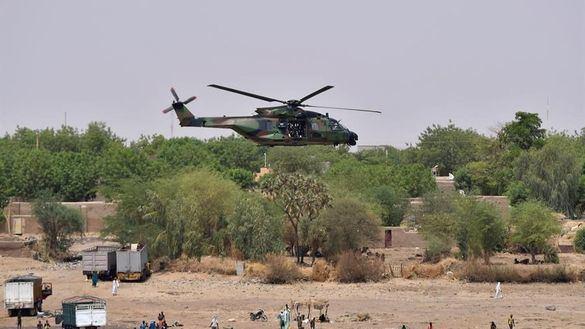 Mueren 13 militares franceses en Malí al chocar dos helicópteros en una operación antiyihadista
