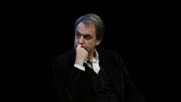 Zapatero blanquea a Otegi y Bildu como agentes de la paz