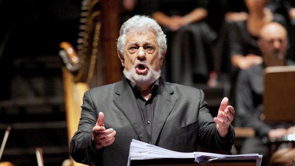 Plácido Domingo cuelga el cartel de 'no hay billetes' en su regreso a España