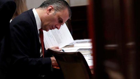 El diputado de Vox Javier Ortega Smith, este lunes en el Congreso de los Diputados.