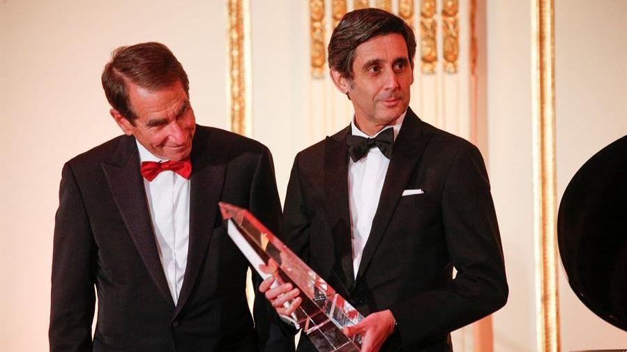 Álvarez Pallete, premiado como empresario del año en Nueva York