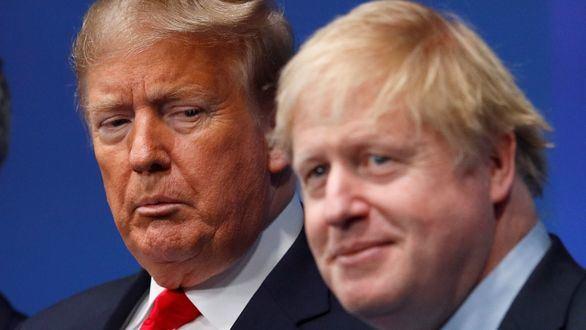 Donald Trump mira con recelo al premier británico Boris Johnson.