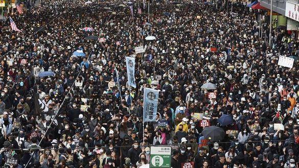 Hong Kong vuelve a lanzarse a la calle de manera masiva