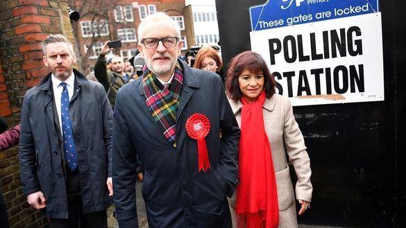 Corbyn no volverá a ser candidato tras el batacazo electoral