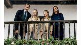 Felipe VI y la Reina Letizia felicitan la Navidad con sus hijas y desde Asturias