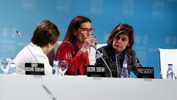 La Cumbre del Clima salva in extremis un acuerdo de mínimos