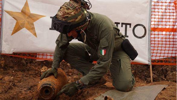 La ciudad italiana de Brindisi, evacuada por una bomba de la II Guerra Mundial