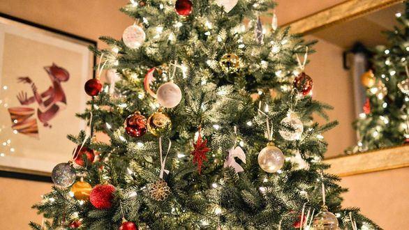 Cuidado con las velas y el alumbrado: consejos para evitar sustos en casa esta Navidad
