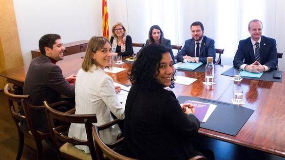 La Generalidad ya pacta con Podemos subidas de impuestos en Cataluña