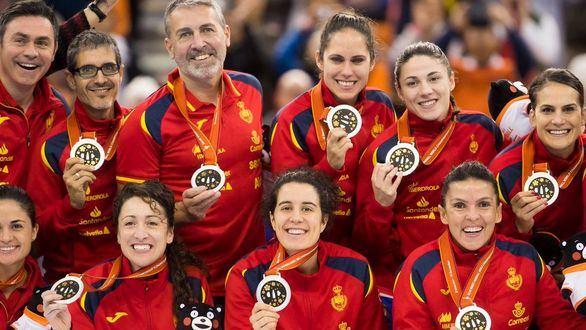 Las 'Guerreras' celebran su primera plata histórica.
