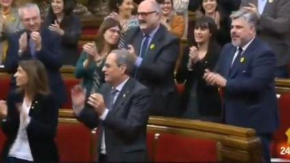Gritos de 'libertad' en el pleno del Parlament